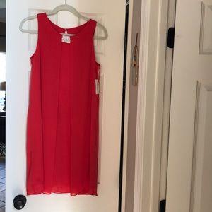 Women's Dress Barn Red Flowing Sheath Size 6